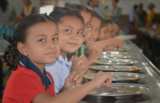 Dine in facility at Saraswati Shishukunj