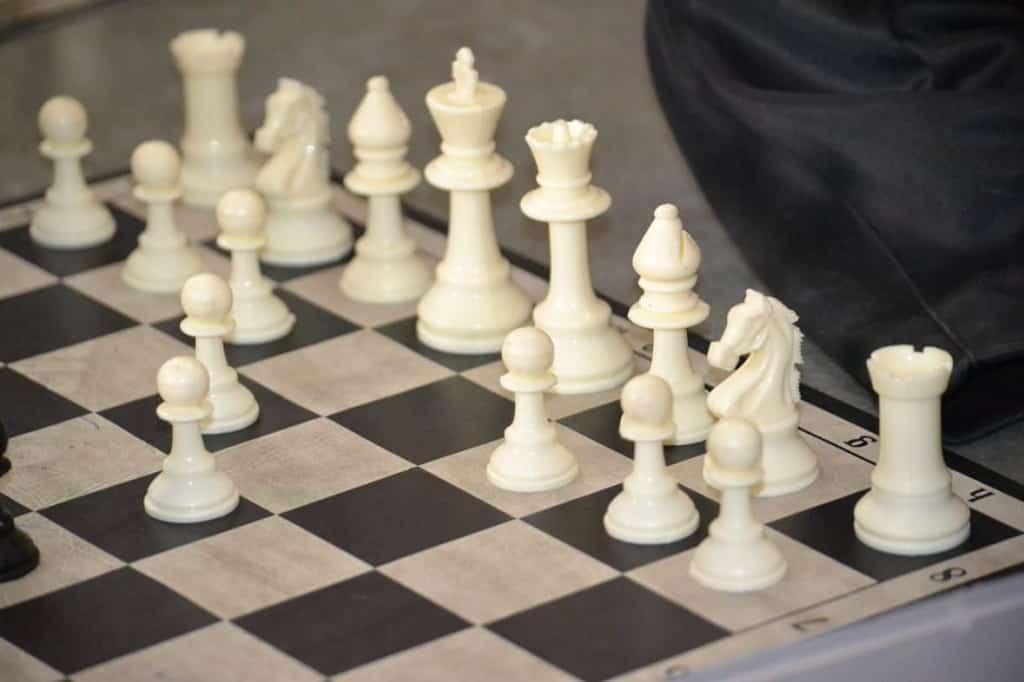 chess1-min
