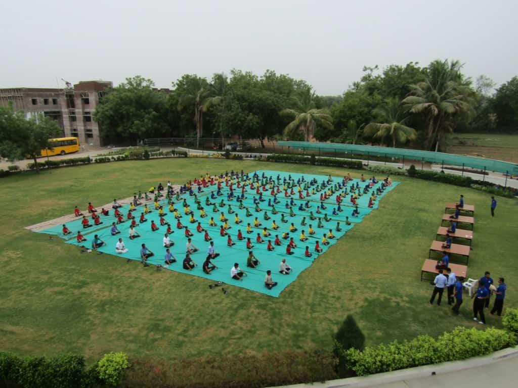 yoga1-min
