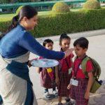 students greetings of Saraswati Shishukunj